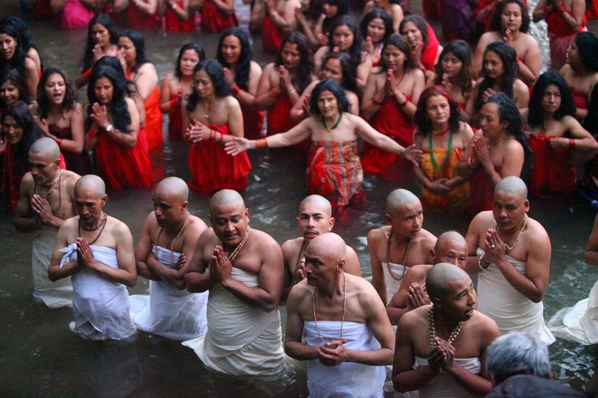 Für kastensystem kinder hinduismus Die Weltreligionen